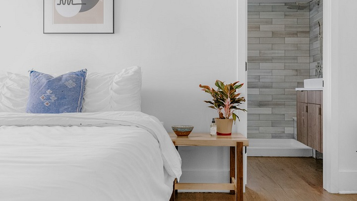 dormitorio-con-cuarto-de-bano