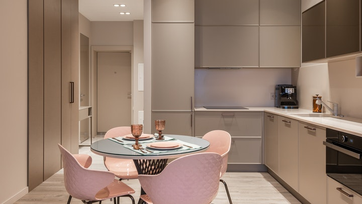 mueble-columna-en-cocina-pequena