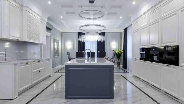 suelo-de-marmol-en-la-cocina