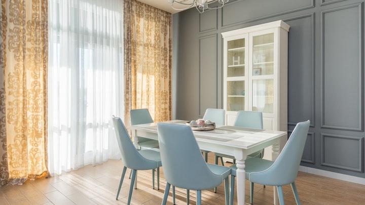 sillas-de-comedor-azul-claro
