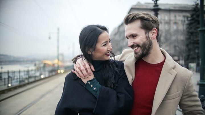 como-tener-una-relacion-de-pareja-feliz-y-positiva