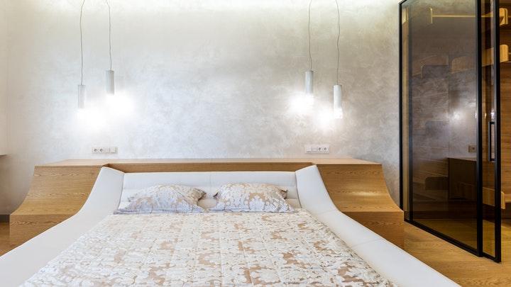 lamparas-colgantes-en-dormitorio